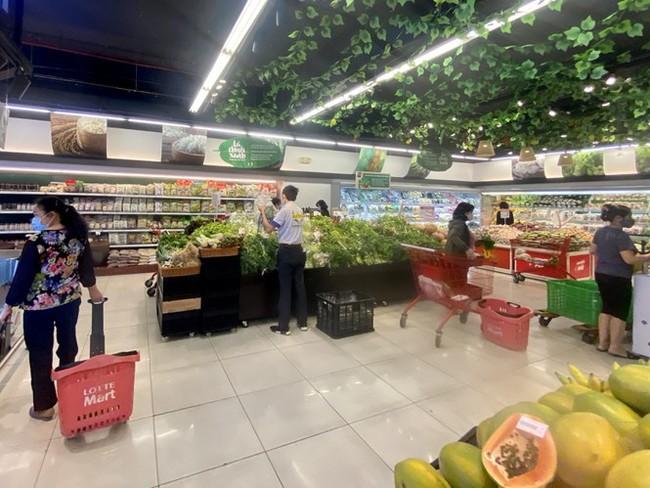 Giá rau, củ, quả giảm mạnh từ chợ cho đến siêu thị - ảnh 3