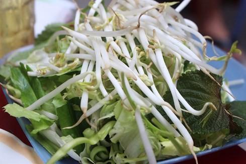 Giải mã những quán ăn Sài Gòn chỉ bán... 1 giờ đồng hồ - ảnh 11