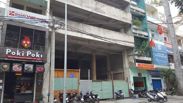 Một toà văn phòng xây dựng dang dở nằm trong khu tứ giác vàng đang được thành phố thu hồi để giao cho nhà đầu tư có năng lực