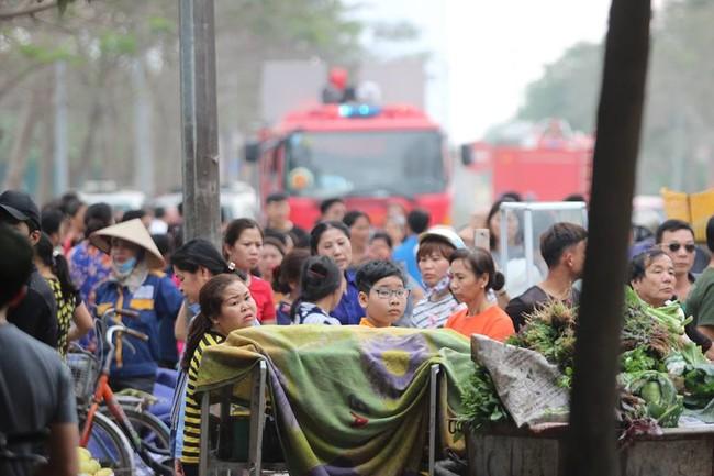 cháy lớn ở Linh Đàm,chùa Bằng,Thanh Trì