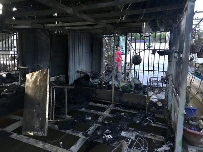 Thương hồ chợ nổi Cái Răng khốn khổ sau vụ cháy - ảnh 2