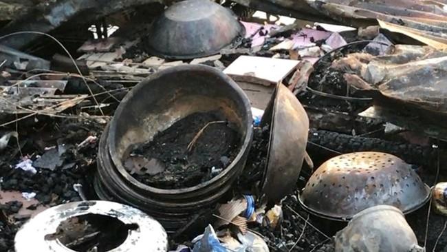 Thương hồ chợ nổi Cái Răng khốn khổ sau vụ cháy - ảnh 6