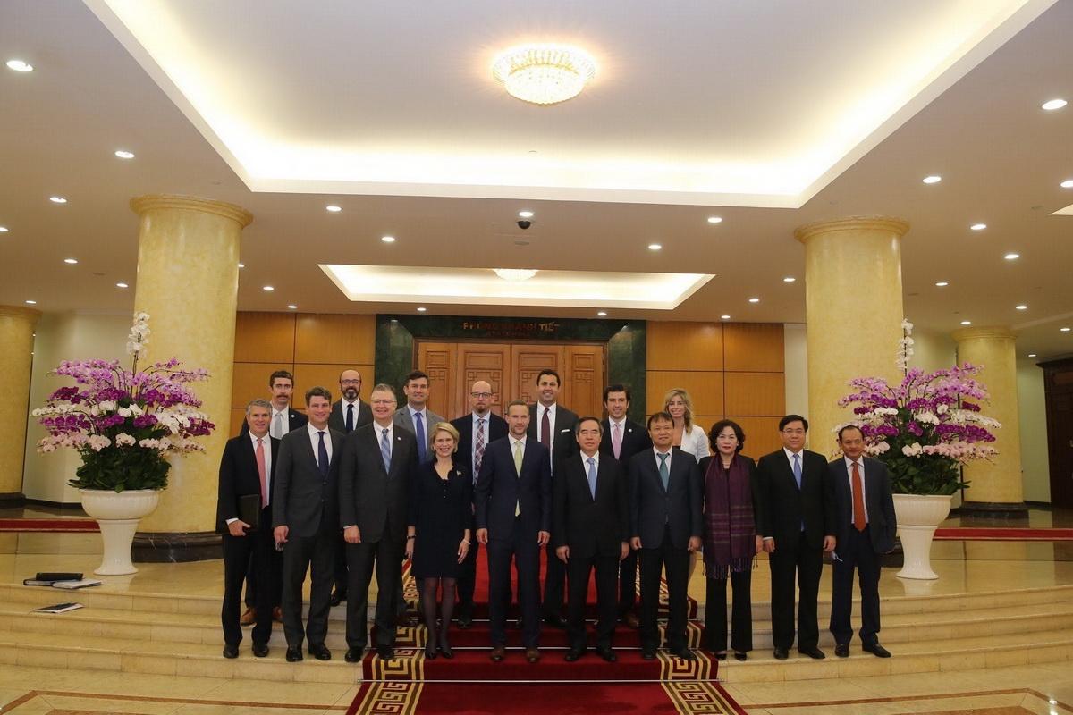 """Phái đoàn cấp cao của Hoa Kỳ làm việc tại Việt Nam: """"Mục tiêu là mở rộng đầu tư"""""""