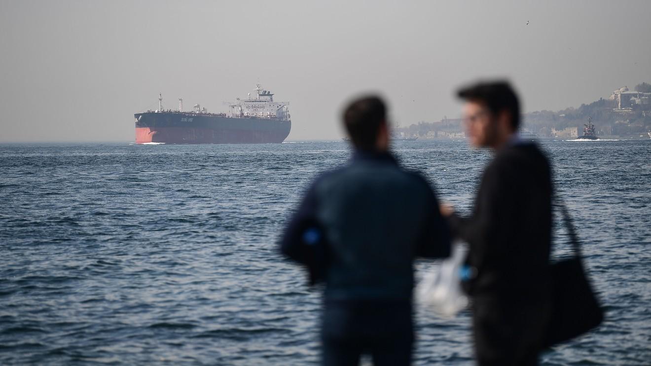 Giá dầu trên các thị trường đồng loạt tăng hơn 20% trong quý đầu năm
