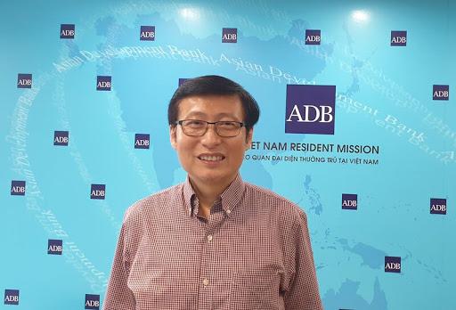 ADB: Việt Nam không cần nới lỏng hơn nữa chính sách tiền tệ và tài khóa