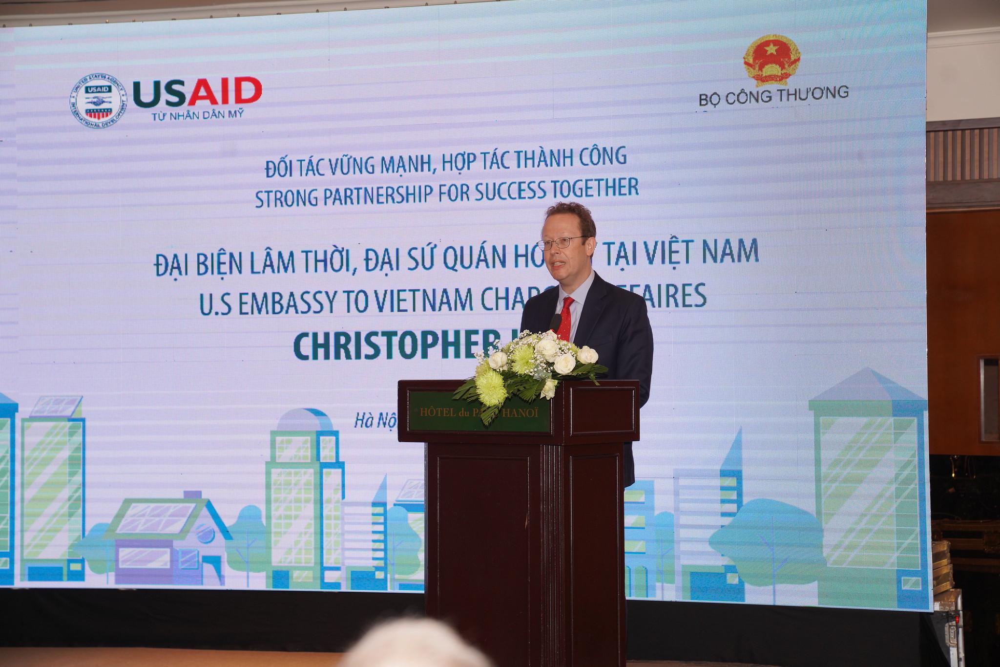 Hoa Kỳ giúp thúc đẩy ngành năng lượng của Việt Nam