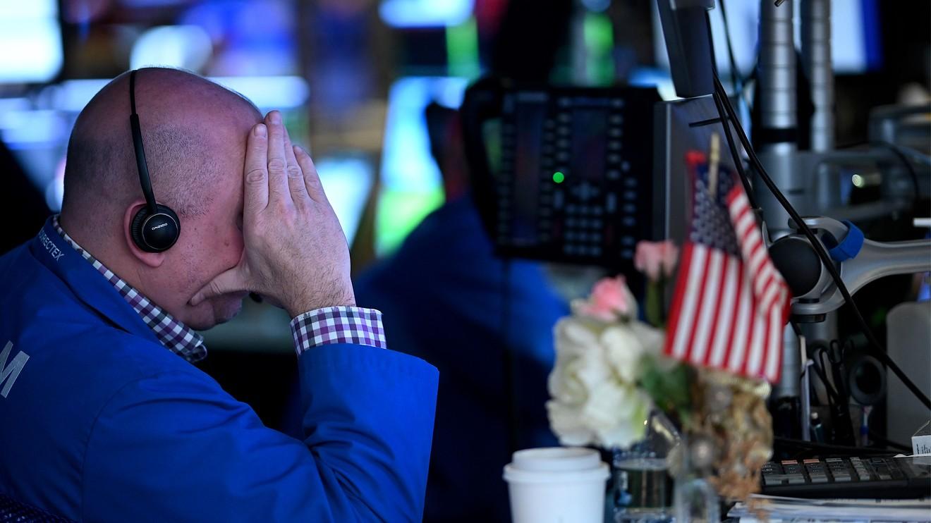 Cổ phiếu công nghệ đồng loạt bị bán mạnh trên thị trường Mỹ