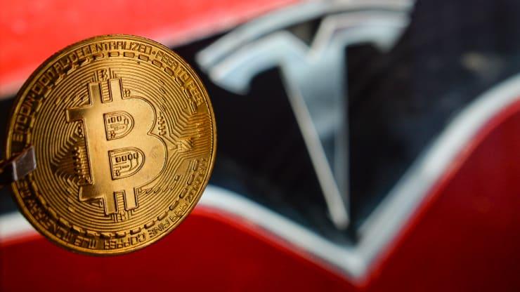 Tesla bất ngờ thông báo ngừng chấp nhận bitcoin
