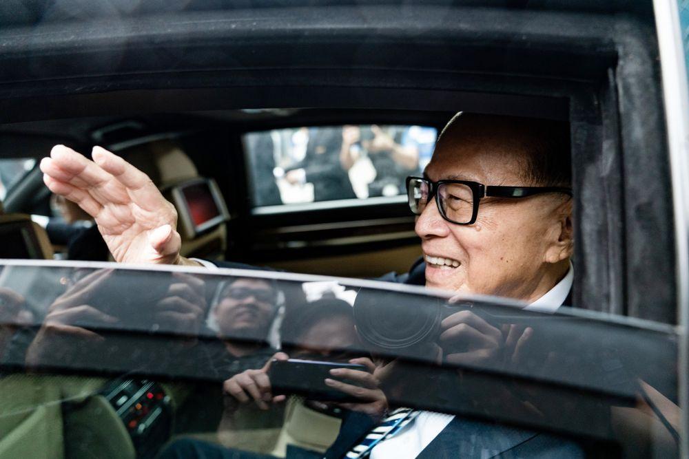 Nguyên nhân nào khiến tỷ phú Hồng Kông ngày một thất thế trước giới giàu có Trung Quốc?