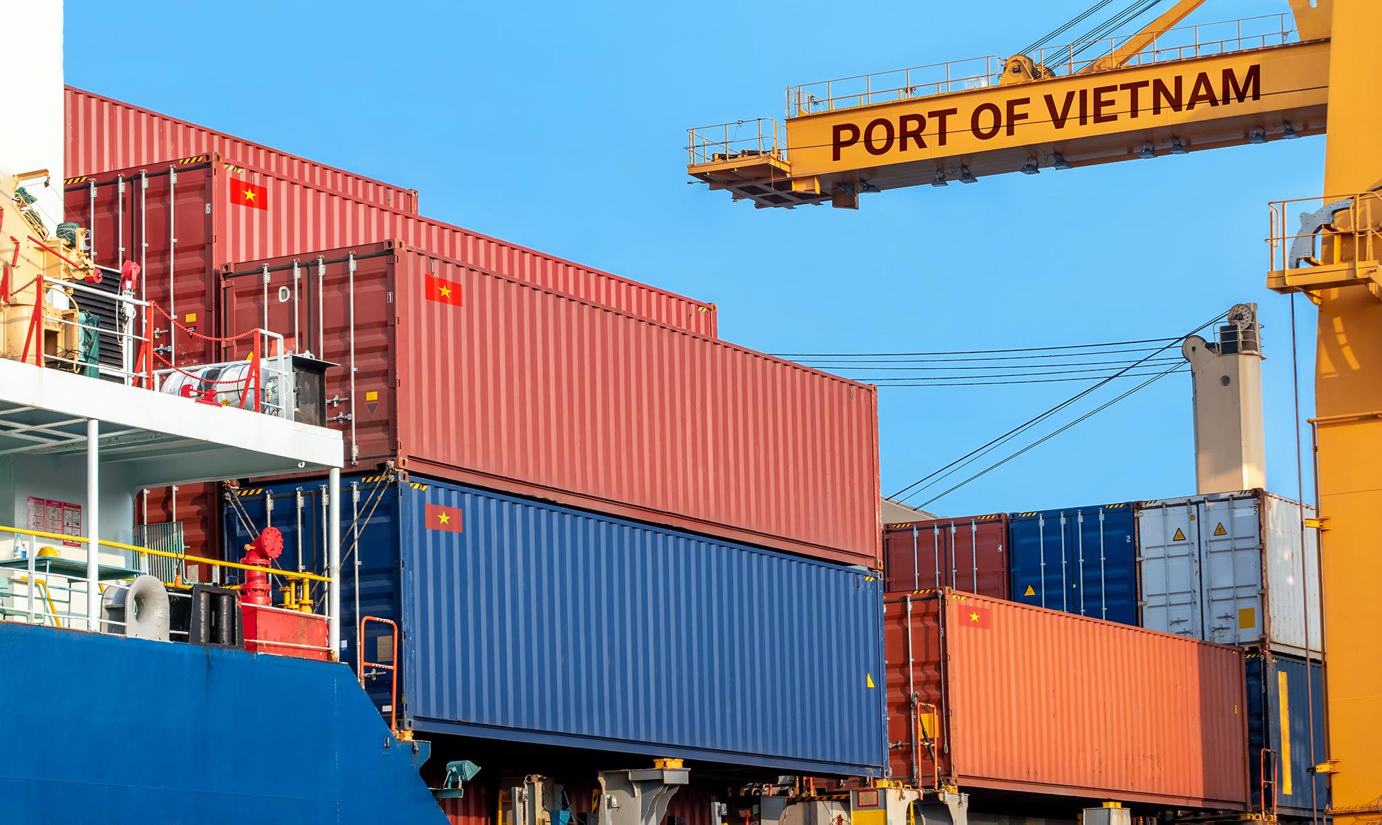 Bloomberg: Mỹ sẽ không tăng thuế với hàng hóa nhập khẩu từ Việt Nam