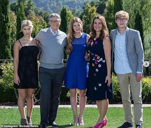 Gia đình Bill Gates được xem là biểu tượng hàng đầu trong việc xóa bỏ bất bình đẳng trong hôn nhân. Ảnh: Instagram.