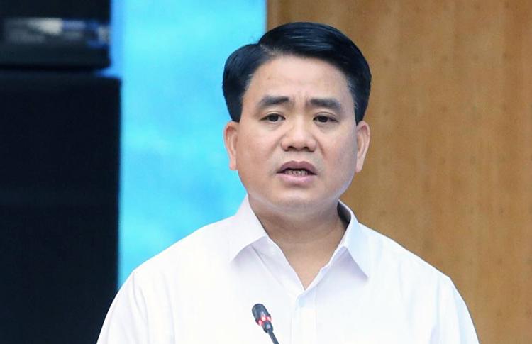 """""""Công ty nước sông Đà không ngăn dầu thải chảy vào nguồn nước"""""""