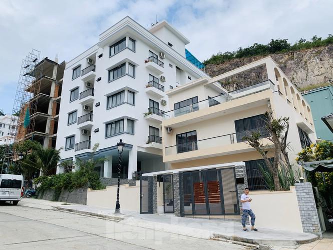 Bị lập chốt chặn, khu biệt thự Ocean View Nha Trang vẫn ngang nhiên xây dựng trái phép - ảnh 4
