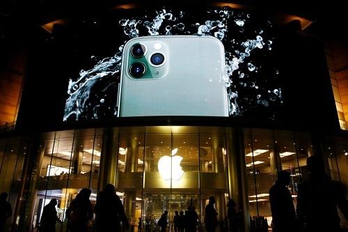 Apple sắp sản xuất hàng loạt iPhone giá rẻ