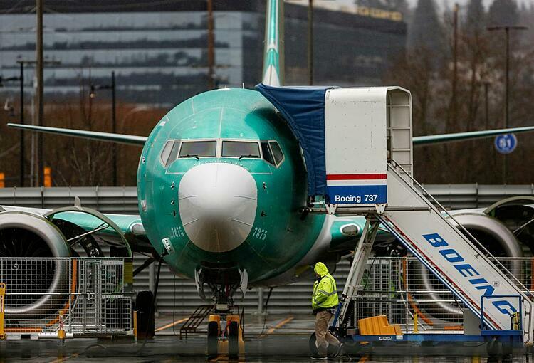 Boeing lần đầu lỗ trong 2 thập kỷ