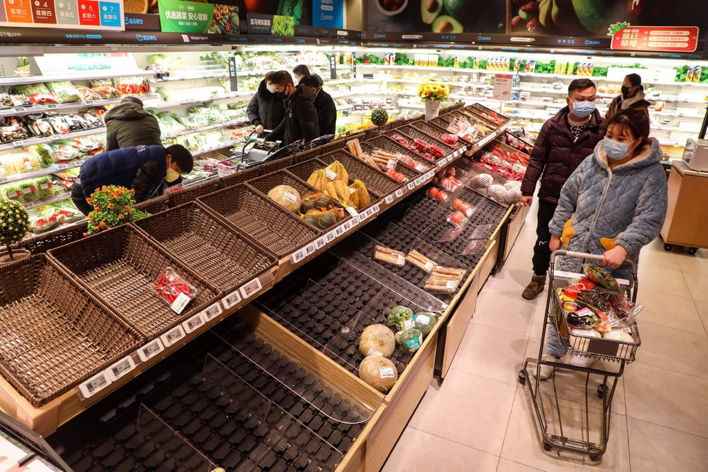 Dịch virus Vũ Hán đẩy giá bắp cải vọt lên 9 USD/cây tại Trung Quốc