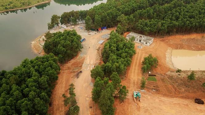 """Chủ rừng tự ý xẻ đồi xây khu sinh thái """"chui"""" trên đất lâm nghiệp? - ảnh 2"""
