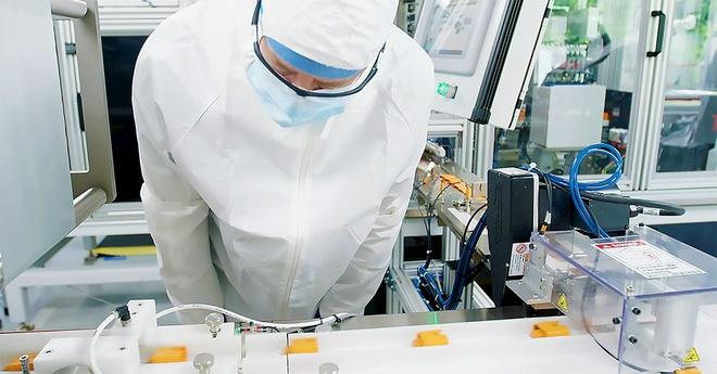 Cuộc đua vaccine Covid-19 hàng tỷ USD giữa các quốc gia