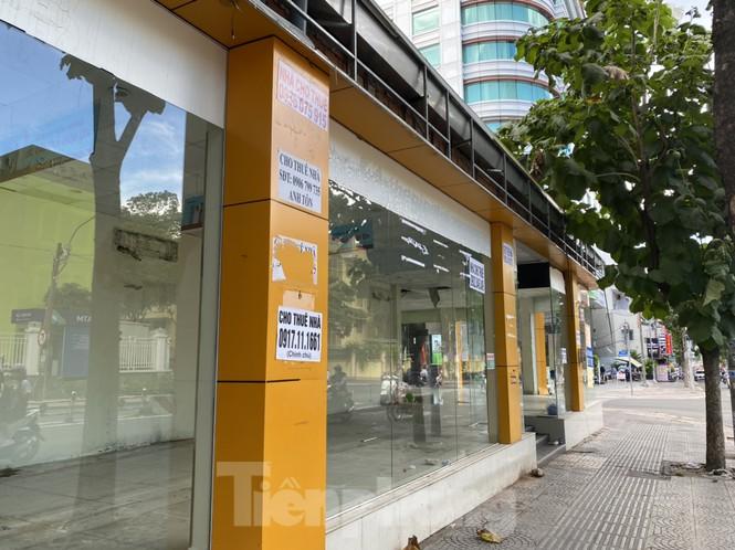 Nhà phố tiền tỷ 'thi nhau' đóng cửa, treo biển cho thuê ở trung tâm Sài Gòn - ảnh 1