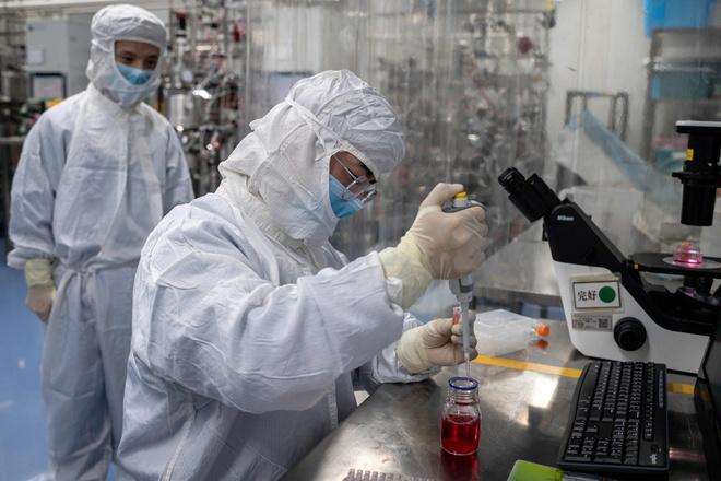 Trung Quốc tiêm vaccine Covid-19 cho bác sĩ từ tháng 7