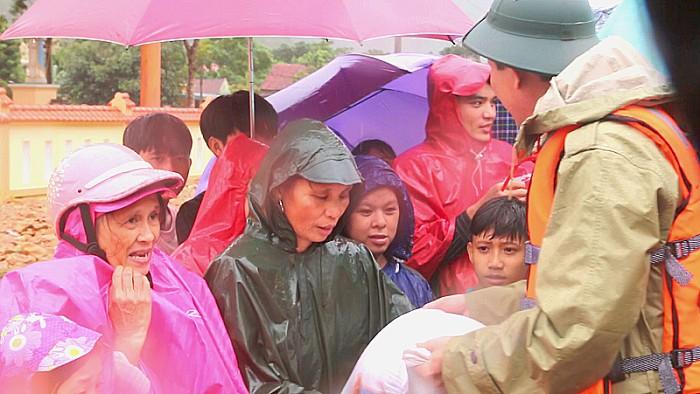 Cấp thêm hơn 3.500 tấn gạo hỗ trợ hai tỉnh Quảng Bình, Quảng Ngãi