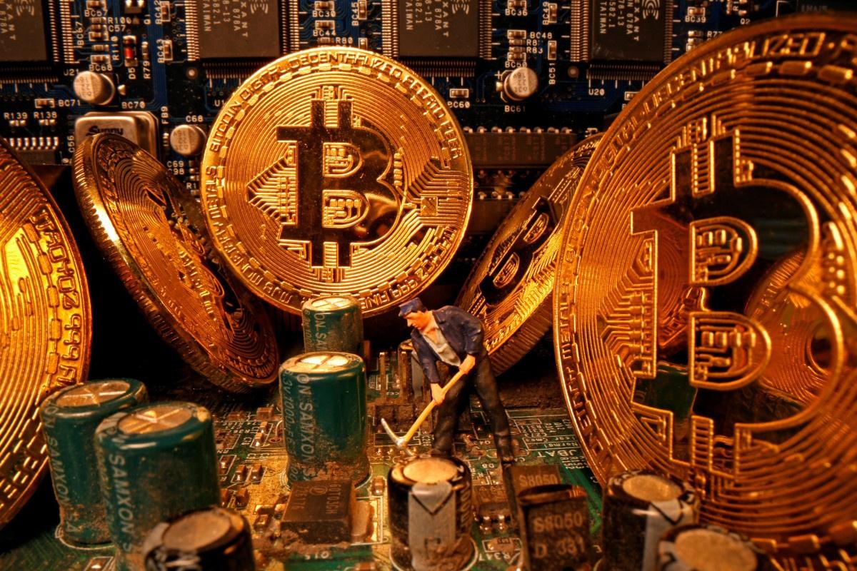 Đằng sau cú trượt giá gây chấn động của Bitcoin