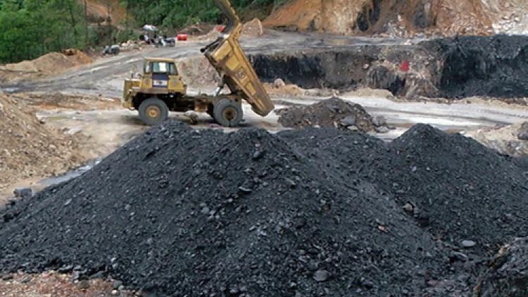 Quảng Ninh: Phá đường dây khai thác than trái phép quy mô hàng trăm tỷ đồng