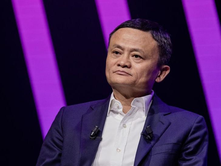 Alibaba chiu phat anh 3
