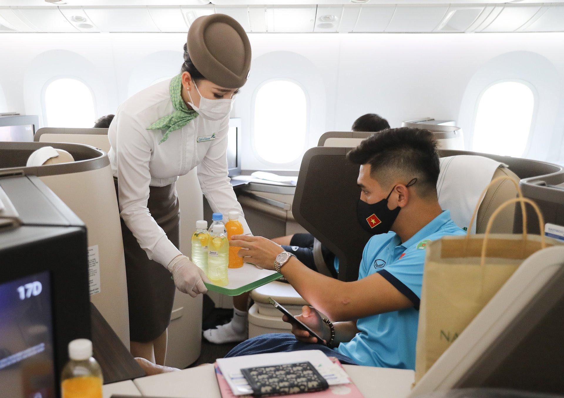 """Bamboo Airways tung dịch vụ bao trọn chuyên cơ/chuyên khoang thương gia – thêm lựa chọn bay an toàn cho khách """"doanh nhân"""""""
