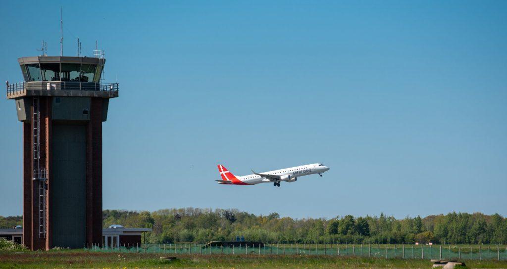 Nhiều hãng bay nội địa và quốc tế sử dụng dịch vụ kỹ thuật hàng không PIA Group tại Việt Nam