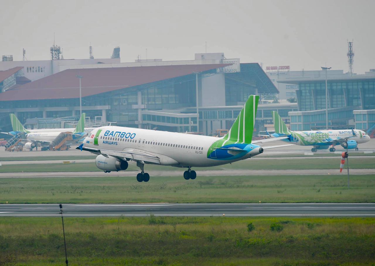 Bamboo Airways lần đầu vượt Vietnam Airlines về lượng khai thác tuần đường bay Hà Nội - TP.HCM