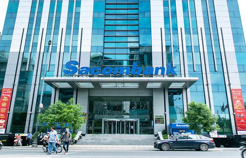 Tiền lớn đầu tư và trường hợp Sacombank