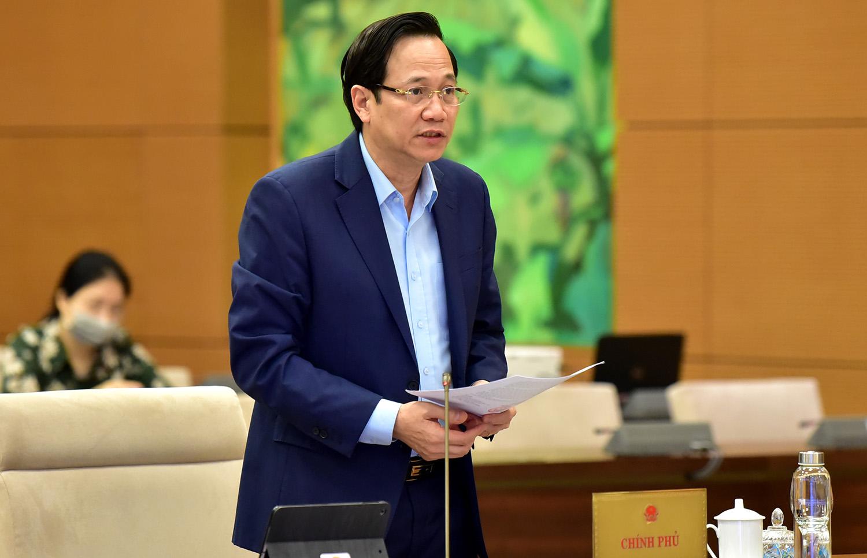 Gia tăng các đối tượng yếu thế, Bộ trưởng muốn bỏ quy định về nợ xấu