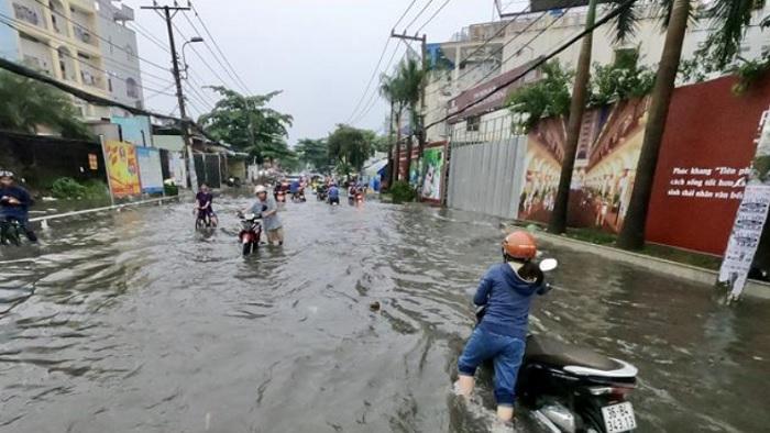 TP.HCM: Thanh tra xử lý thi công mất an toàn trên đường Nguyễn Duy Trinh
