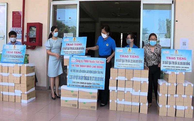 Nestlé Việt Nam tặng 450.000 sản phẩm thiết yếu người dân vùng dịch