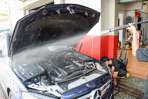 5 sai lầm phổ biến của chủ xe khi tự rửa ô tô tại nhà - ảnh 6