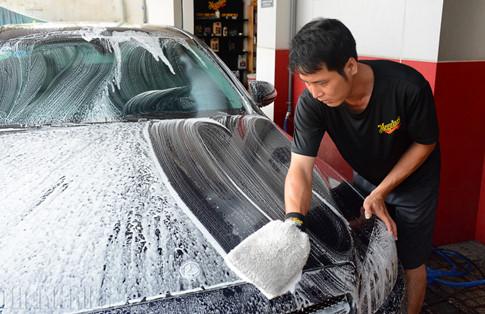 5 sai lầm phổ biến của chủ xe khi tự rửa ô tô tại nhà - ảnh 3