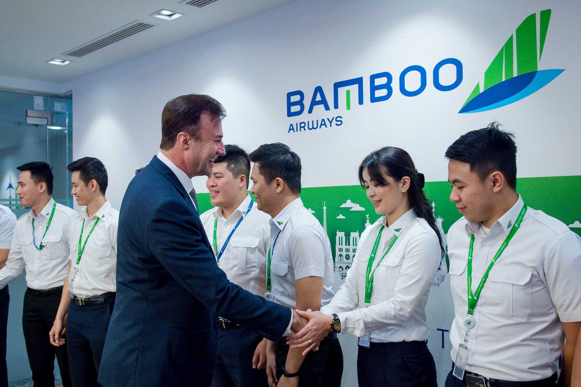Bamboo Airways gặp mặt khóa phi công tập sự đầu tiên