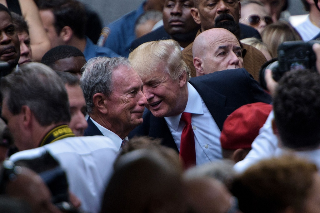 Tỷ phú giàu nhất New York mua sự im lặng của cựu nhân viên thế nào?