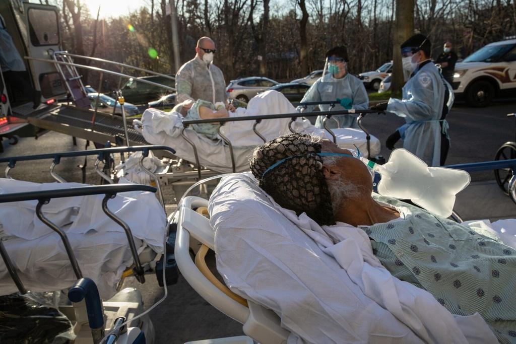Mot virus, hai hau qua - khi New York vo tran, California lai khong hinh anh 4 2020050515_nysf_patients.jpg