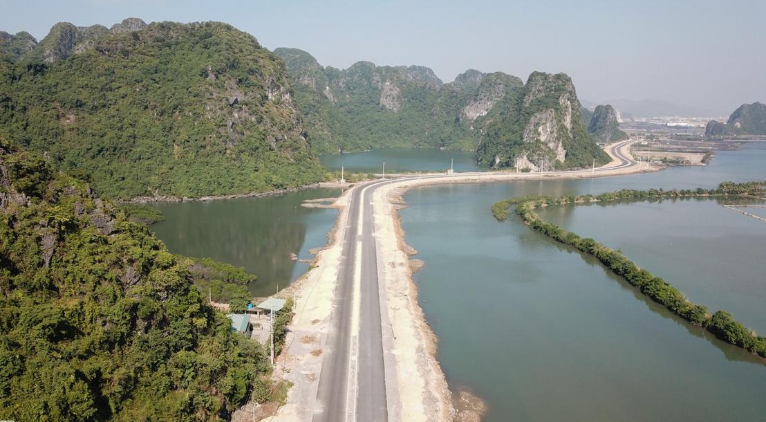 """Bất động sản bám đường bao biển Hạ Long - Cẩm Phả: """"Gà đẻ trứng vàng"""" cho nhà đầu tư"""