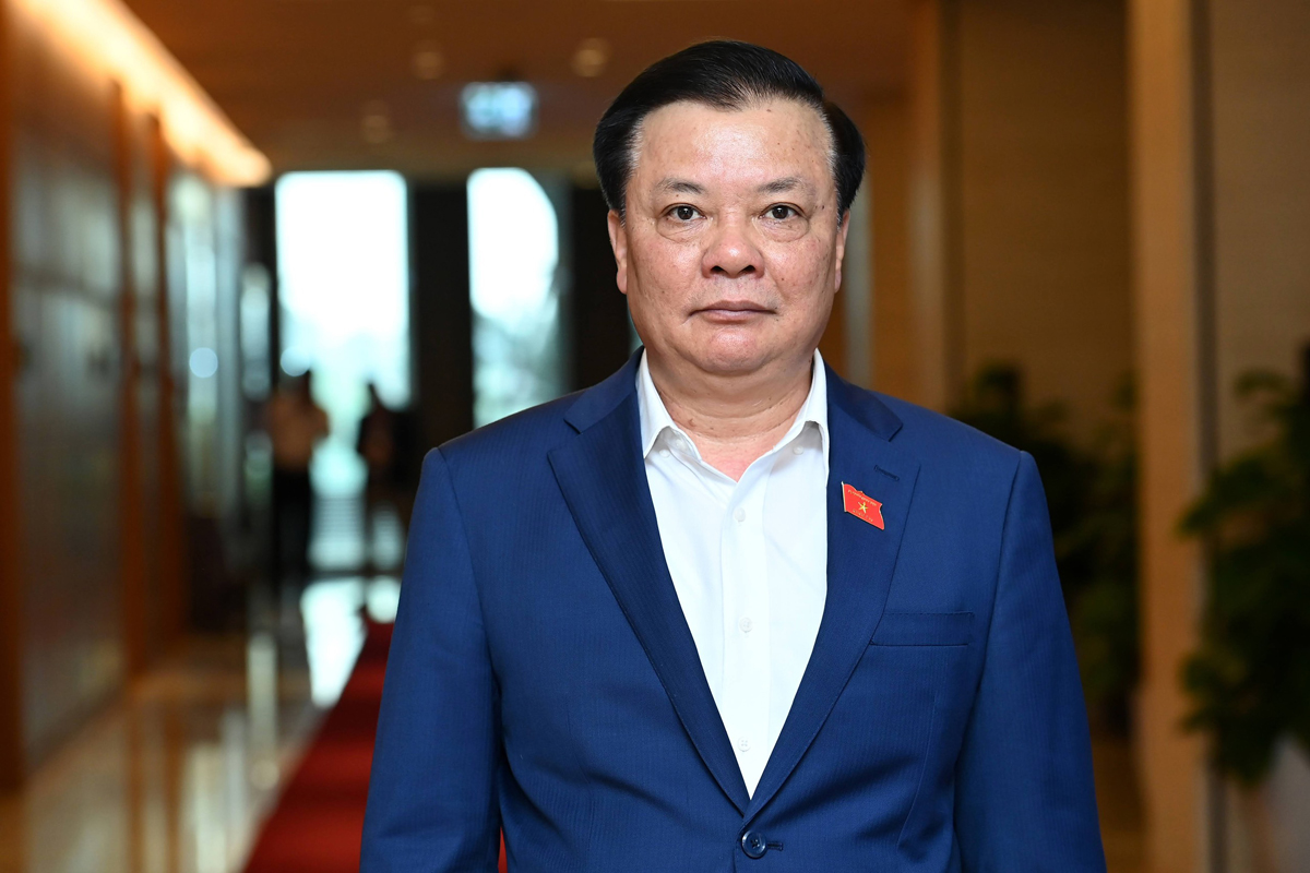 Bộ trưởng Đinh Tiến Dũng được phân công làm Bí thư Thành uỷ Hà Nội