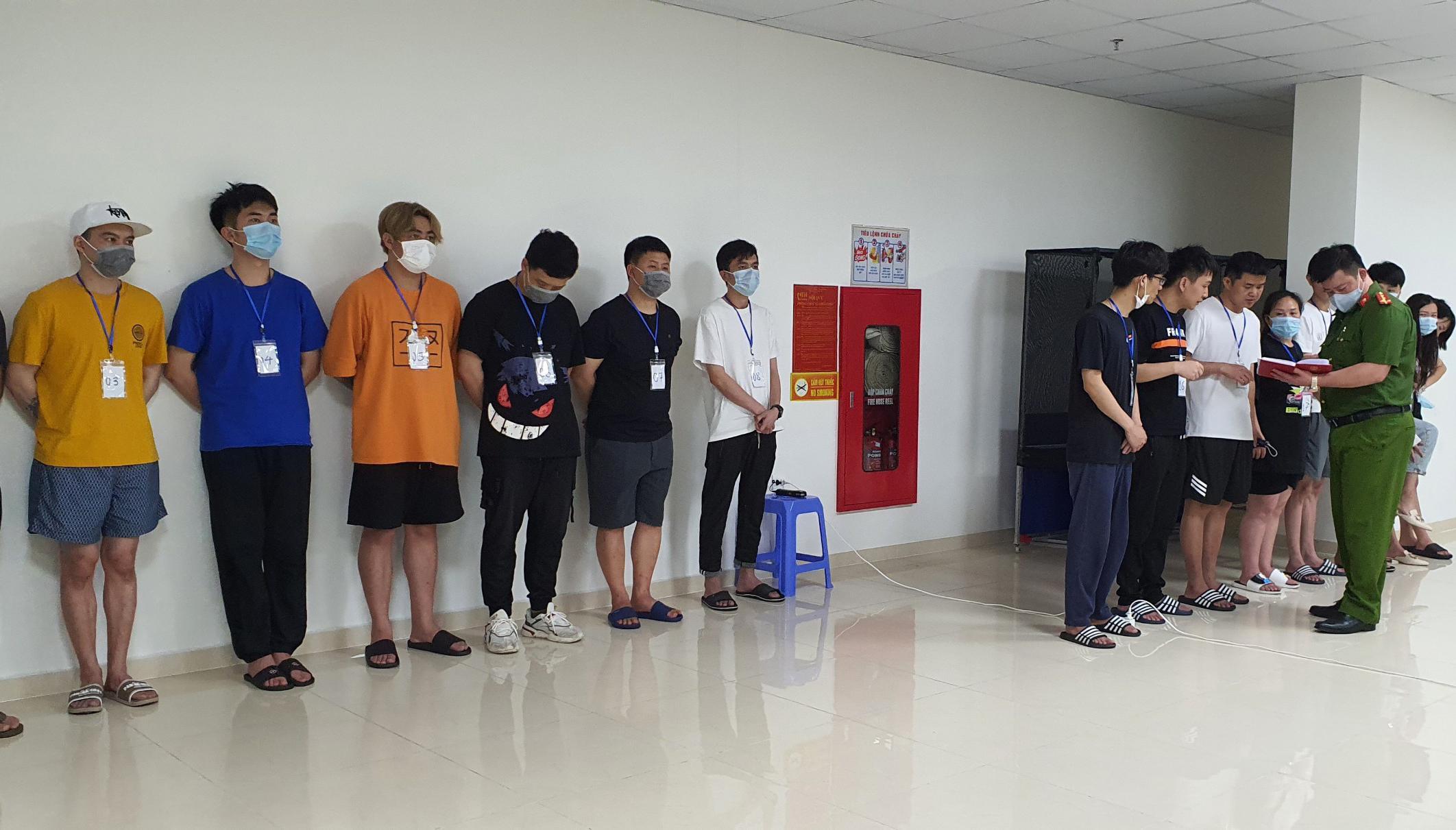 Trục xuất lao động nước ngoài làm việc không phép tại Việt Nam