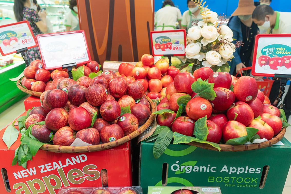 "BRG Retail tổ chức ""Tuần lễ táo New Zealand"""