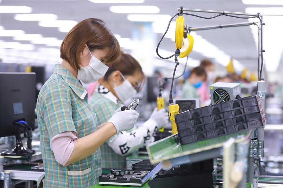 """Bộ Lao động - Thương binh và Xã hội """"thúc"""" các địa phương triển khai gói 26.000 tỷ hỗ trợ người lao động"""