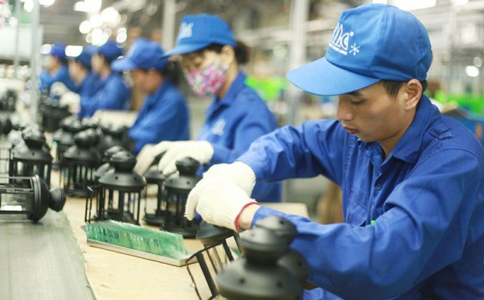 Chính phủ duyệt kế hoạch đào tạo lại ít nhất 300.000 lượt lao động để đáp ứng yêu cầu mới