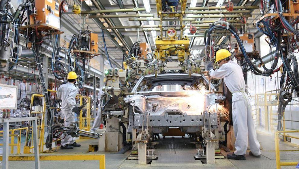 Áp thuế 0% cho linh kiện ô tô nhập khẩu