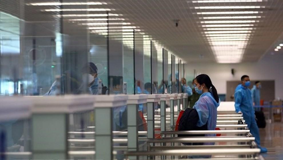 Ghi nhận ca mắc Covid-19 thứ 14 trên chuyến bay từ Angola về Việt Nam