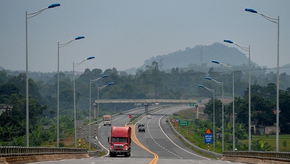 Dự án cao tốc Tuyên Quang - Phú Thọ nối tuyến Nội Bài - Lào Cai được chuyển sang đầu tư công