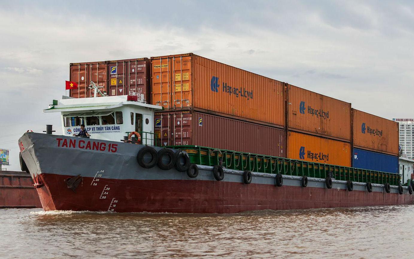 """Thiếu container, nhiều doanh nghiệp bị """"lỡ hẹn"""" đơn hàng"""